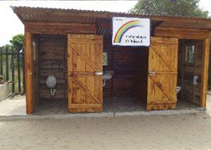 Toilettenanlage gebaut durch Olaf Michels und Felix Prudlo