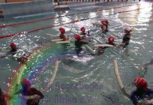 Schwimmunterricht für die Kinder